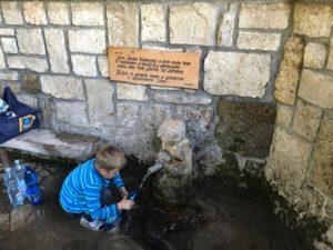 pimpi-cestovanie-bábo-bábätko-liptov-sojka-malatiny-lúčky-príroda-kúpanie-liptovksý ján-villa victoria-vodopád-mincovníčkovo-zážitky-rodina-lángoš