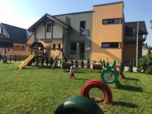 pimpi-cestovanie-bábo-bábätko-tipy-blog-bešeňová-thermal park-hotel-kúpalisko-tobogány-jedlo-lehátka-liptov-plot-vodný svet-wellness-detské vyžitie-zážitky-zábava