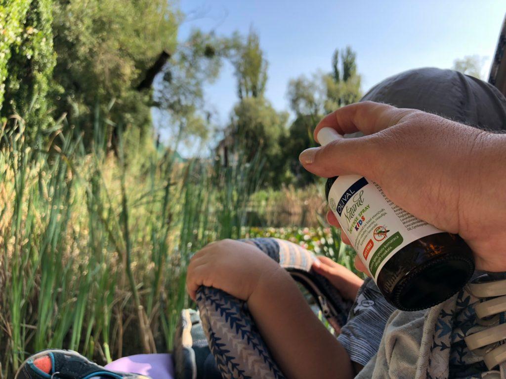 recenzia-pimpi-bábo-bábätko-cestovanie s bábätkom-mama bloger-rady a tipy-prírodný repelent-repelent-olival slovensko-prírodná kozmetika-stop komárom-stop hmyzu-stop kliešťom-hmyz-dotieravý hmyz-príroda