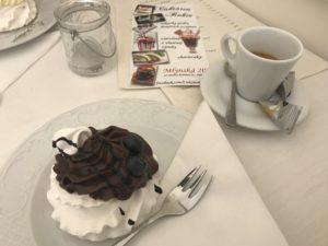 pimpi-bábo-babo-bábätko-cestovanie-cestuj s deťmi-mama blog-rady a tipy-baby friendly kaviareň-káva-zábava-koláč-košice-hry-deti-san domenico cafe-maribo cafe-cukráreň robie-daddys cafe-naše bistro