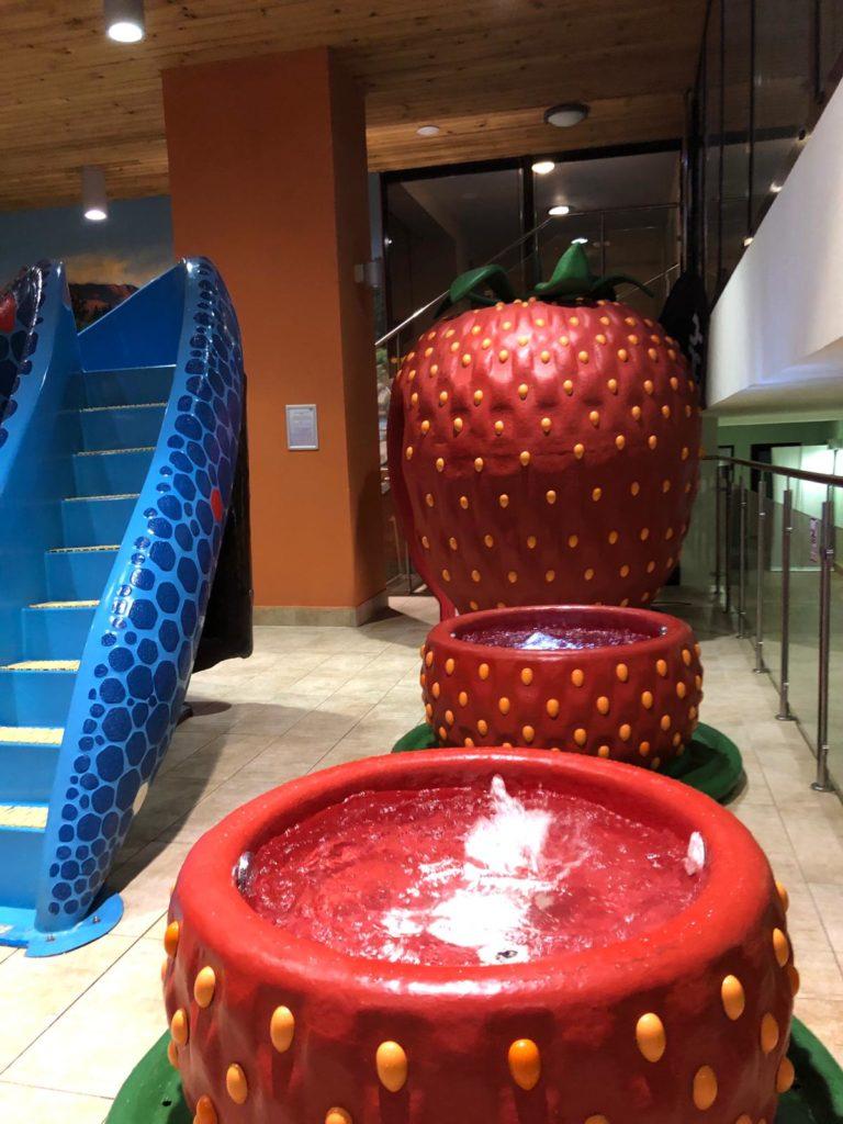 pimpi-bábo-bábätko-cestuj s deťmi-cestovanie-tatry-slovensko-baby friendly hotel-zábava-detský kútik-permon-grand hotel permon-podbanské-wellness-skvelé jedlo-program pre deti-zážitky-pobyt-kriváň