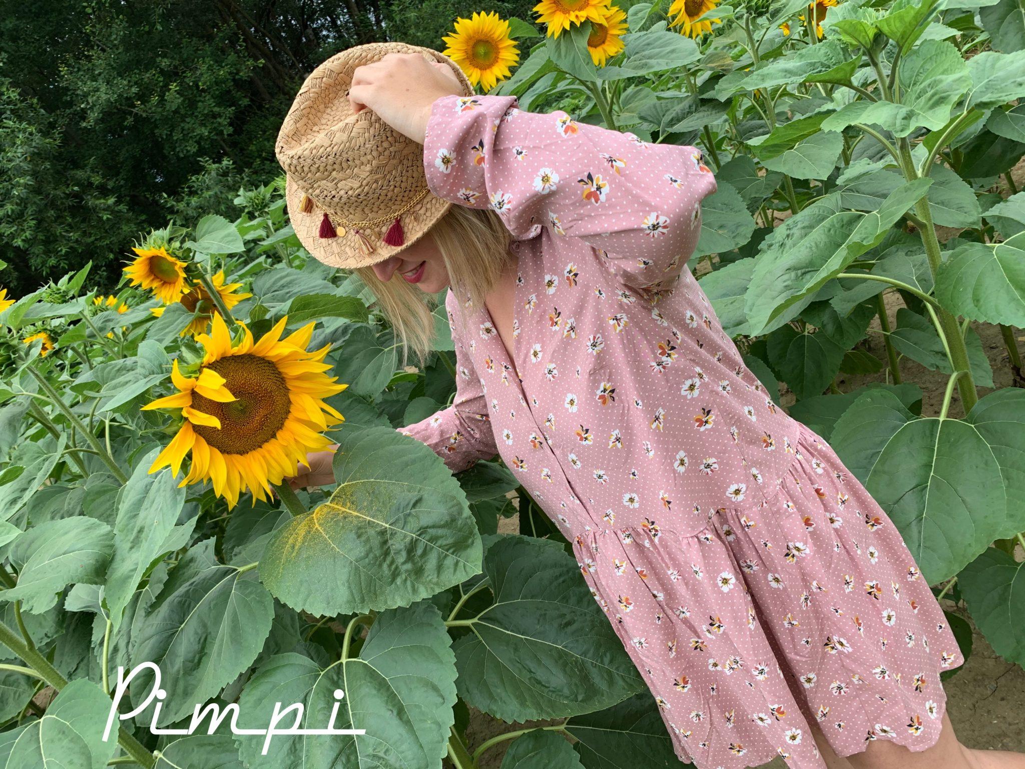 pimpi-bábo do sveta-mama blog-mama blogerka-slnečnice-bonprix-bonprixitsme-šaty-oblečenie-letné šaty-fotenie-cestuj s deťmi-korona-pandémia-ťažké časy-postrehy-nesúď-neodkladaj-eshop-objednávky